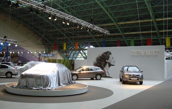10 - 2 - Выставочный стенд Renault. Моторшоу 2009