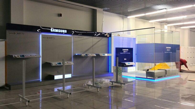 13 Бренд зона Samsung в Техноплюс