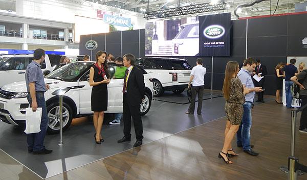3 - 1 - Выставочный стенд Jaguar - Land Rover. Моторшоу 2013